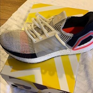 Ultra boost 19 Perfect running shoe
